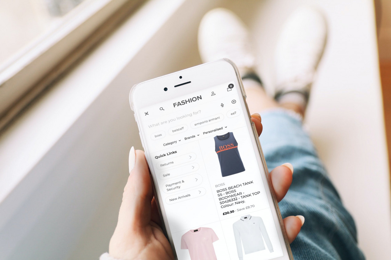 eCommerce Site search is a crucial part of any thriving online business. Discover five reasons why eCommerce site search speed matters.